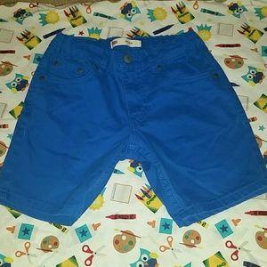 Levis size 7 shorts
